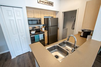 5959 Bandera Spring Circle Studio Apartment for Rent Photo Gallery 1