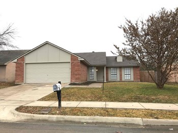 4109 Spindletree Ln 3 Beds House for Rent Photo Gallery 1