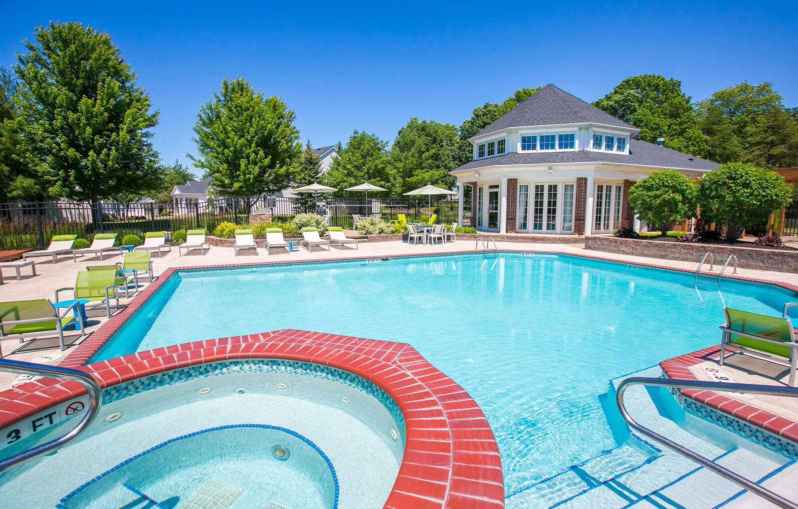 pool and spa at Village at Avon Apartments in Avon, OH