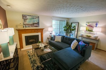 4004 E. Normandy Park Drive 1-2 Beds Apartment for Rent Photo Gallery 1