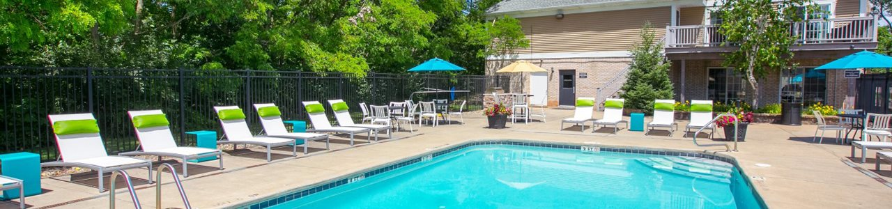 pool  at Mallard\'s Crossing Apartments in Medina, OH