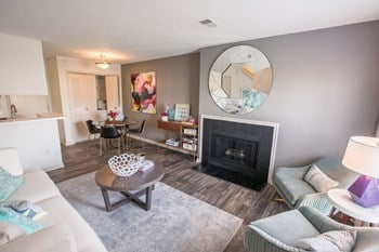 6636 Deerfield DR 1-2 Beds Apartment for Rent Photo Gallery 1