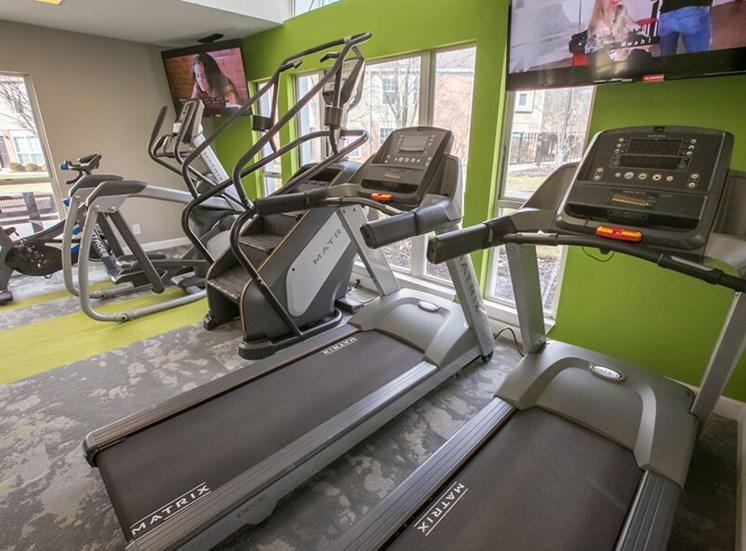 fitness center Williamsburg Townhomes in Sagamore Hills OH