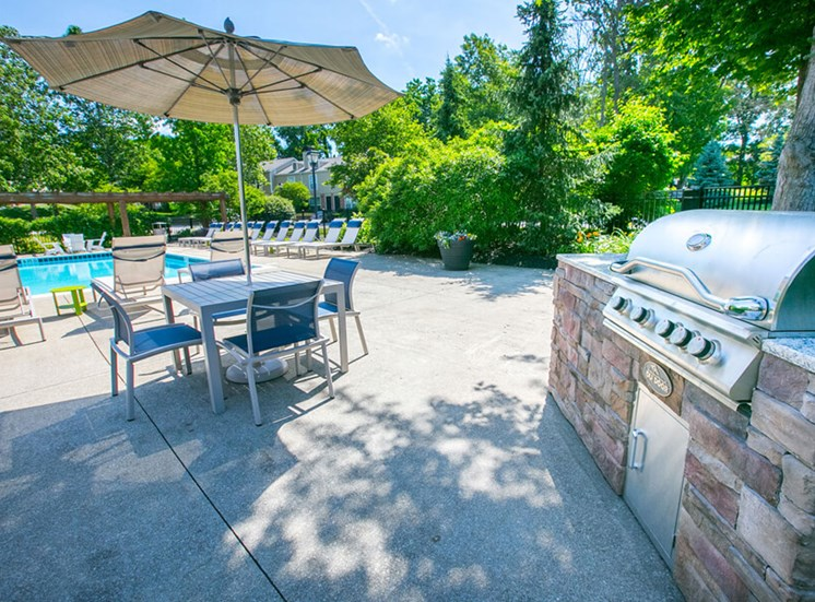 bbq area Williamsburg Townhomes in Sagamore Hills OH