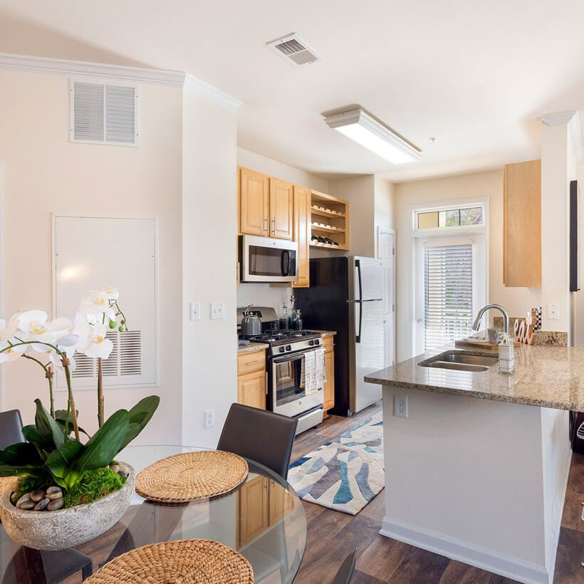 West Winds Apartments: Westwind Farms Apartments