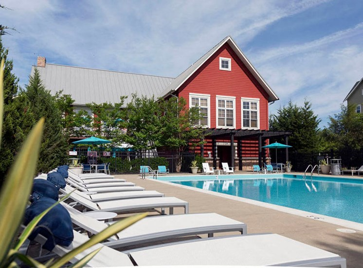 Hang out poolside with poolside WiFi at Westwind Farms Apartments in Ashburn, VA