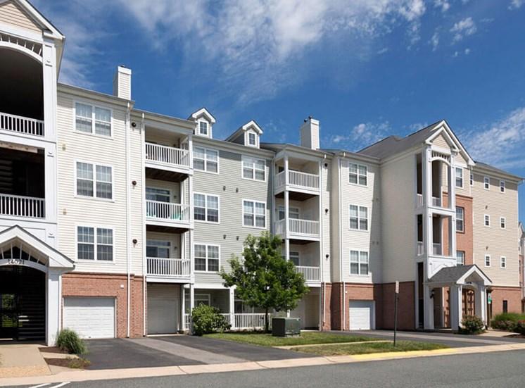 Exterior at Riverside Station Apartments in Woodbridge, VA