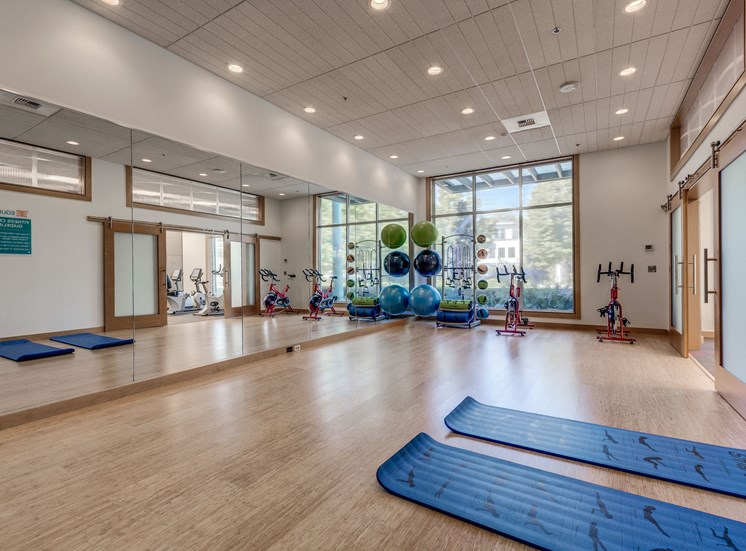 State-Of-The-Art Fitness Facility With Yoga And Strength Training at Equinox, Seattle, 98102