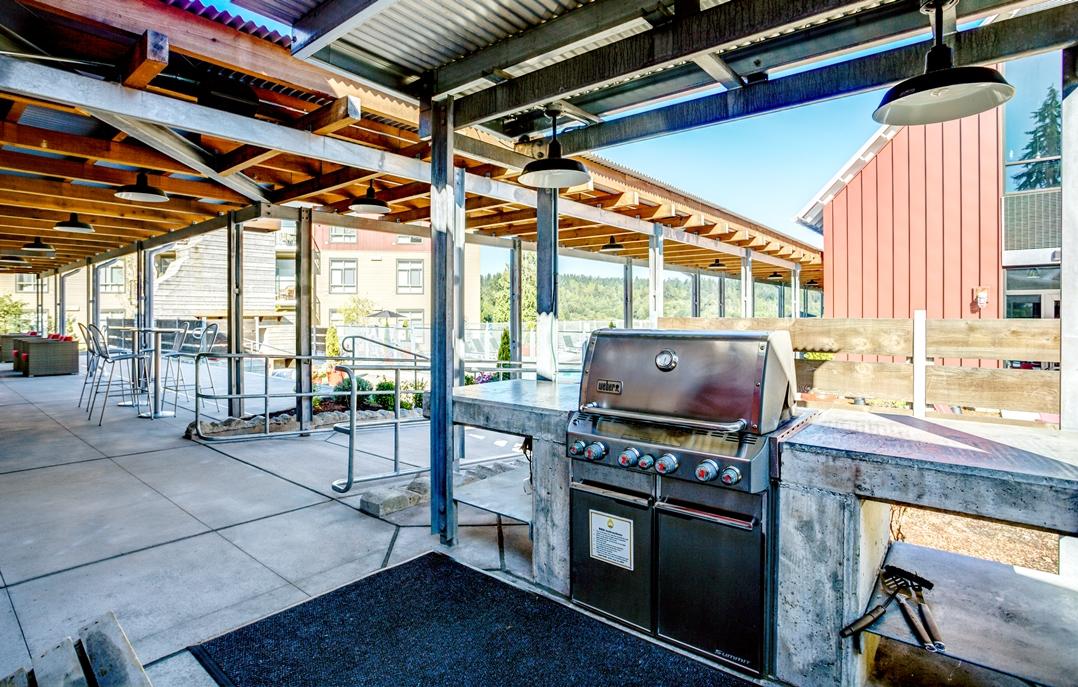 Picnic and BBQ Area at Bailey Farm, Bothell, Washington