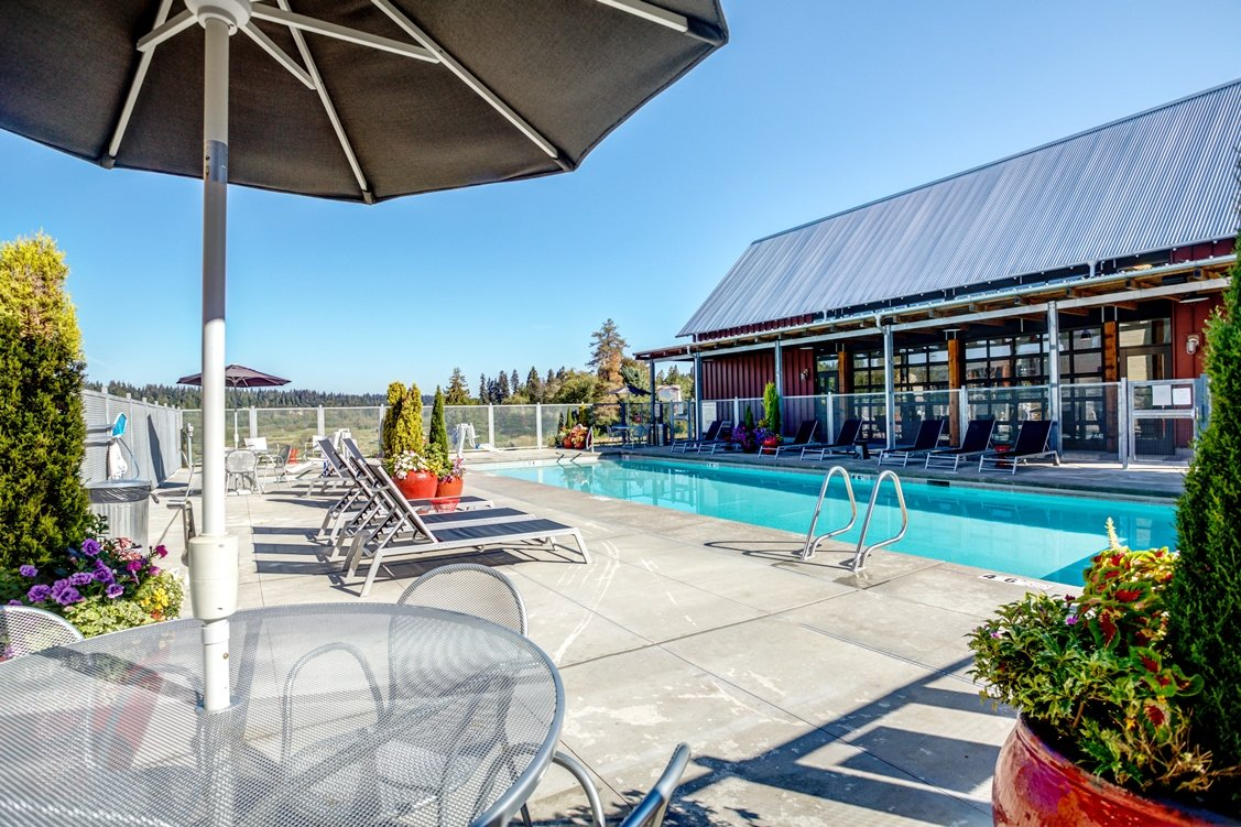 Poolside Dining Tables at Bailey Farm, Bothell