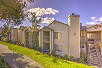 1415 NW Santa Fe Ln. 1-3 Beds Apartment for Rent Photo Gallery 1
