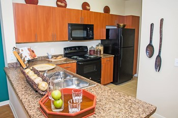 630 Colony Lake Estates Dr 3 Beds Apartment for Rent Photo Gallery 1