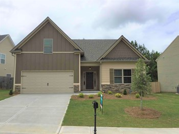160 Village Park Dr 4 Beds House for Rent Photo Gallery 1