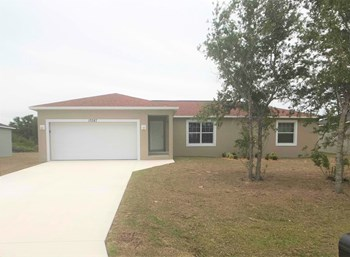 10387 Grail Ave 3 Beds House for Rent Photo Gallery 1