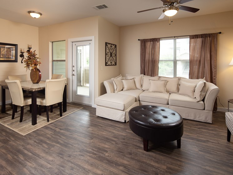 Twin Creeks living room