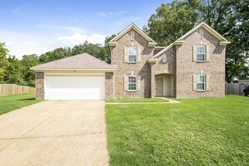 5150 Misty River Rd 5 Beds House for Rent Photo Gallery 1