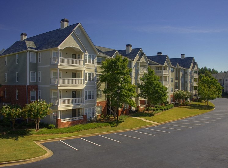 Luxury Apartments in Lawrenceville| Wesley St. Claire Apartments | Beautiful Views