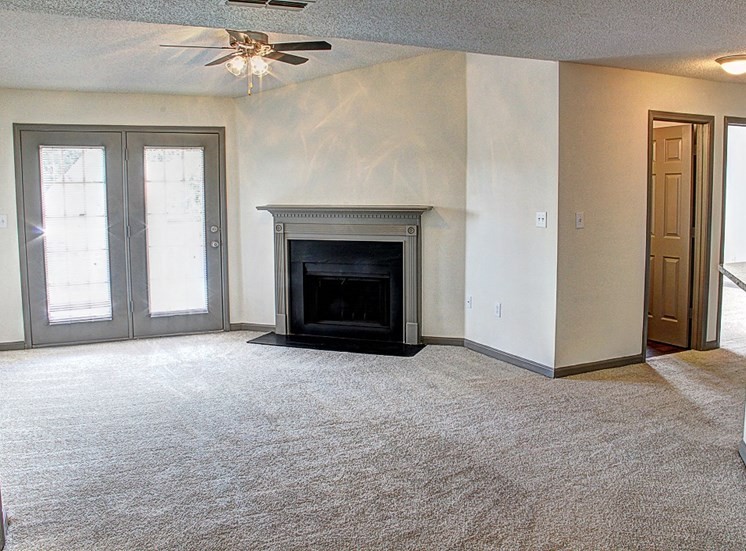 Luxury Apartments in Lawrenceville| Wesley St. Claire Apartments | Renovated Apartments with Fireplace