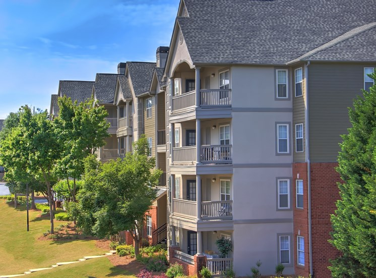 Luxury Apartments in Lawrenceville| Wesley St. Claire Apartments | Welcome Home