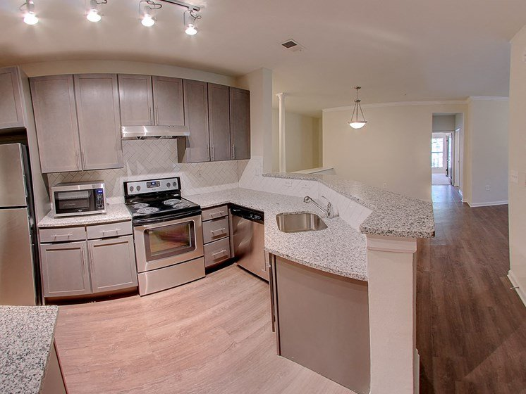 Luxury Apartments in Roswell | Wesley St. James Apartments | Renovated Apartments