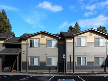 1700 SE Tempest Drive 2-3 Beds Apartment for Rent Photo Gallery 1
