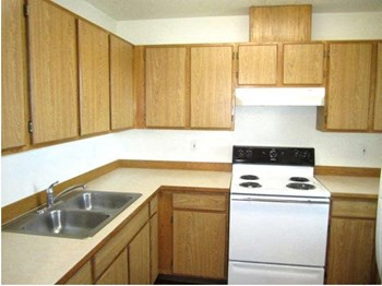645 SW Marshall Street 2 Beds Apartment for Rent Photo Gallery 1