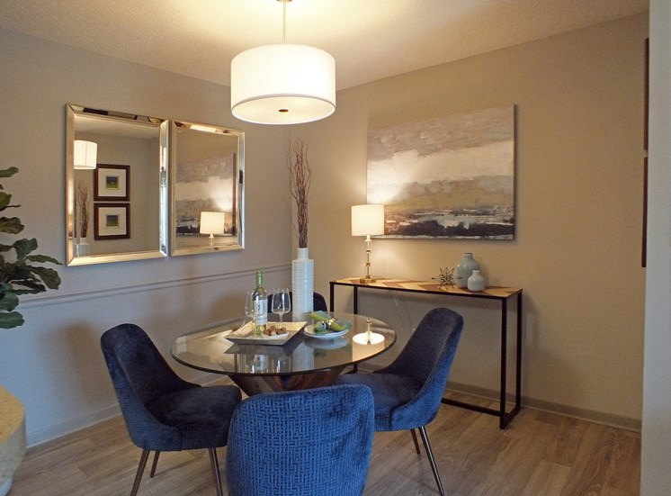 Churchill Commons Apartments in Aiken, SC 29803 dining area with pendant lighting