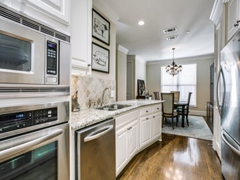 4149 Grassmere Ln. 4 Beds Apartment for Rent Photo Gallery 1