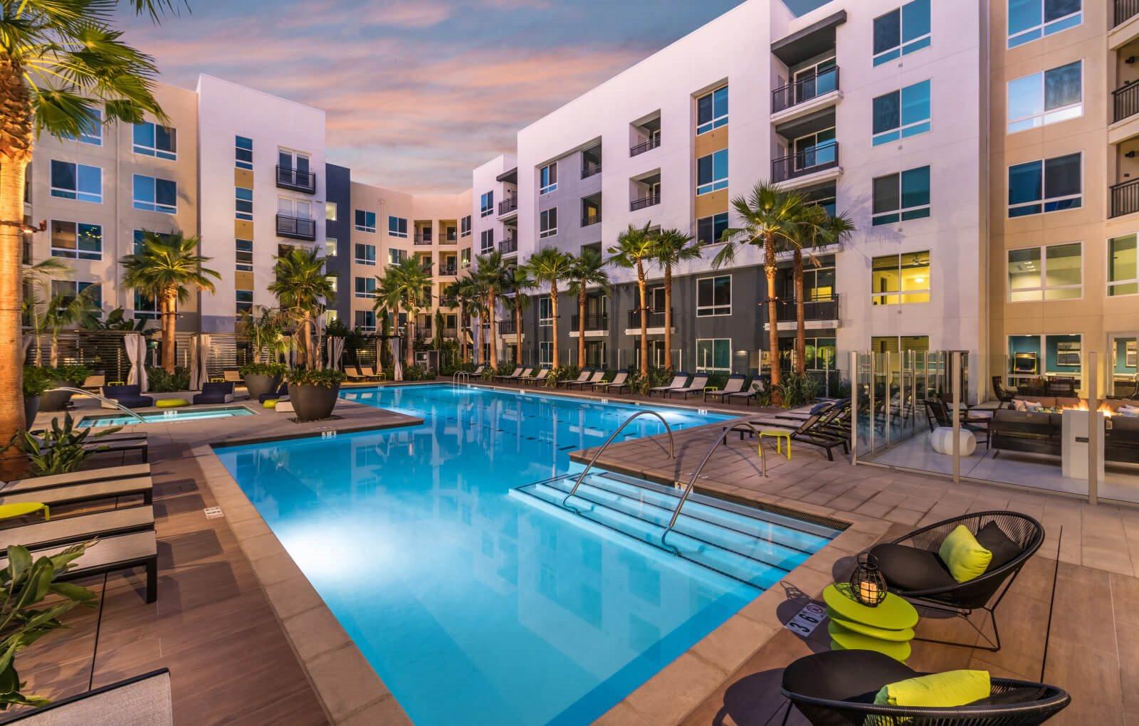 Rize Irvine Apartments | Apartments in Irvine | Orange ...