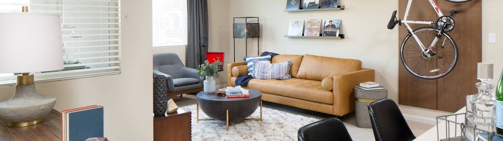 banner image of the living room at Valentia Apartments in La Habra, CA