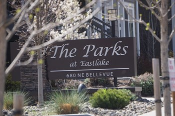 680 NE Bellevue 1-3 Beds Apartment for Rent Photo Gallery 1
