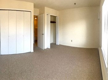 1250,1300 And 1310 Boston Post Road 1 Bed Apartment for Rent Photo Gallery 1