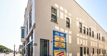 909 First Street 2 Beds Apartment for Rent Photo Gallery 1