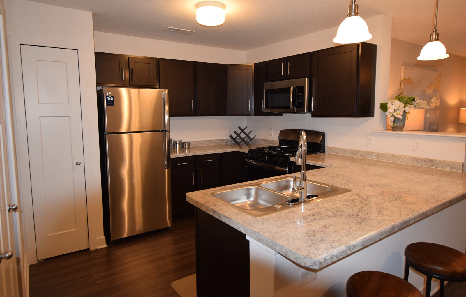 Chef Inspired Kitchen Design at Copper Creek Apartment Homes, Maize