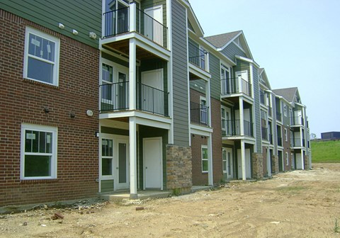 Brand New Apartment Homes at Strathmore Apartment Homes in West Des Moines, Iowa