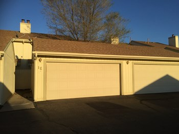 2675 Springside Court 1E 2 Beds Apartment for Rent Photo Gallery 1