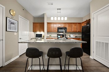 8940 North Shannon Avenue 1 Bed Apartment for Rent Photo Gallery 1