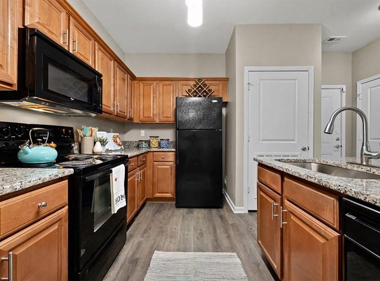 Riverstone Apartments Apartments in Kansas City Apartment Kitchen