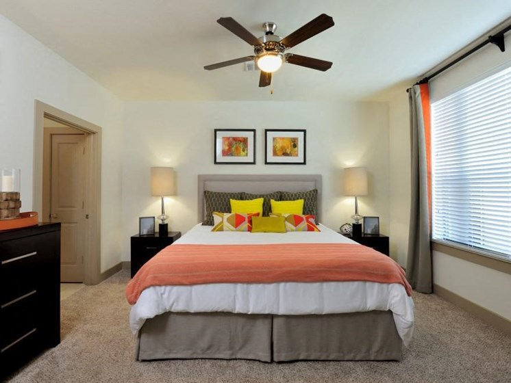Lighted Ceiling Fan at Broadstone Park West Apartments, Texas, 77084