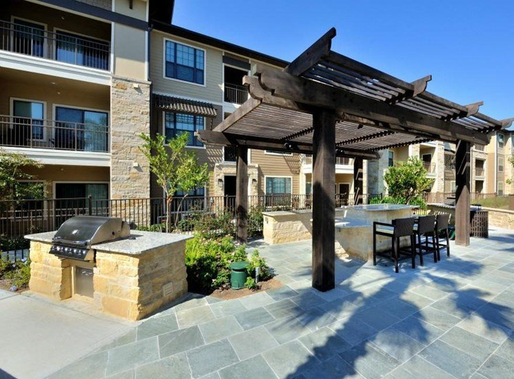 BBQ at Broadstone Park West Apartments, Texas, 77084