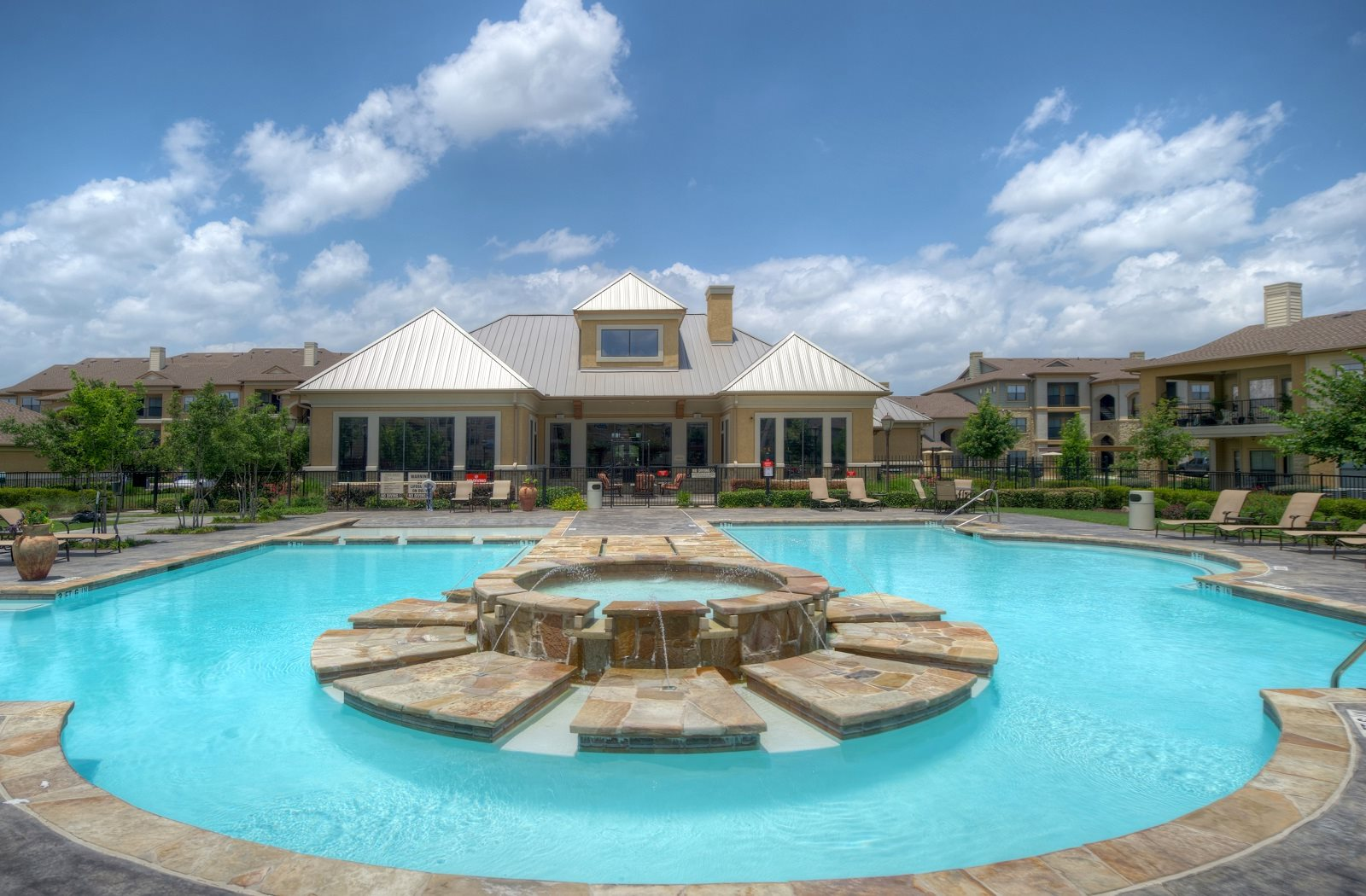 Pool at Palm Valley Apartments, Round Rock, Texas