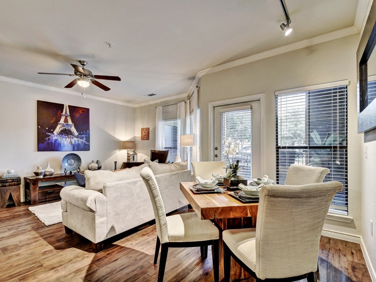 Spacious Living Room at Palm Valley Apartments, Round Rock, Texas