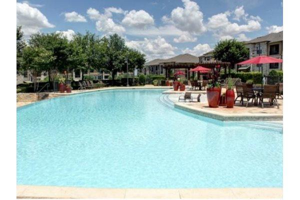 Resort-style Pool at Broadstone Travesia, Austin, TX 78728