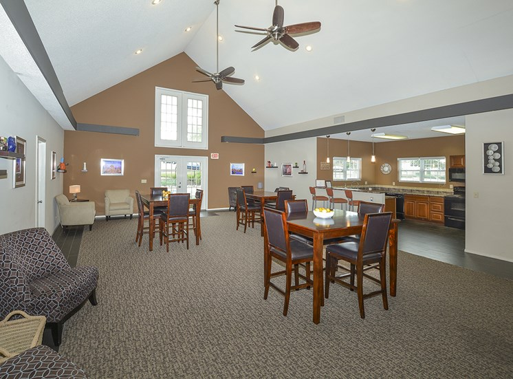 Dining Room and Lounge in Clubhouse