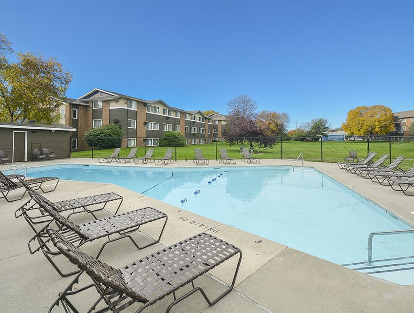 Large Outdoor Pool and Sundeck