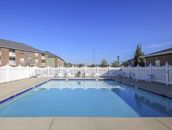 1850 Towne Park Dr. 1-3 Beds Apartment for Rent Photo Gallery 1
