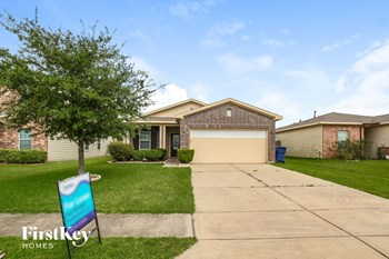 7006 ORCHID St 3 Beds House for Rent Photo Gallery 1