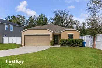 12050 Alexandra Dr 3 Beds House for Rent Photo Gallery 1