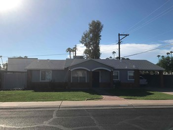3250 N 26th Pl 4 Beds House for Rent Photo Gallery 1