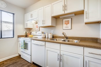 3324 S Field Street 1-3 Beds Apartment for Rent Photo Gallery 1